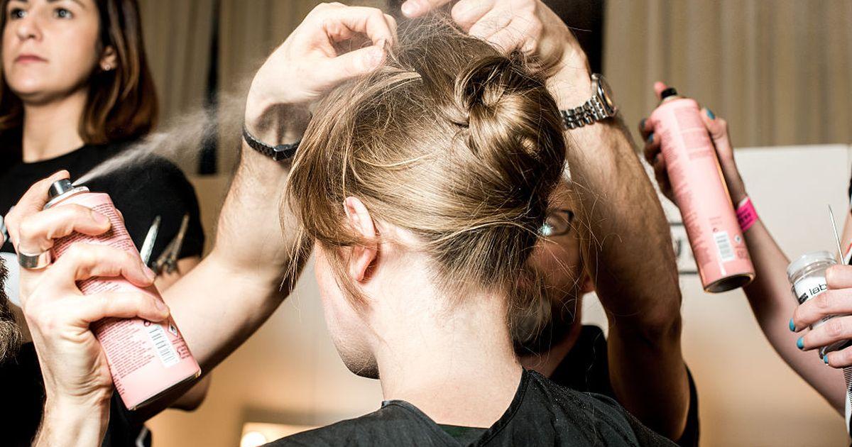 Wieviel muss man Haar die Zwiebelmaske halten